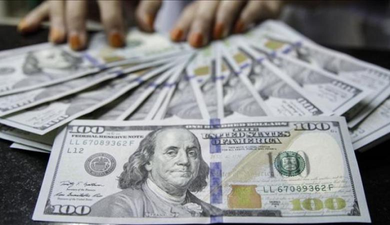 انخفاض سعر صرف الدولار مقابل الشيقل