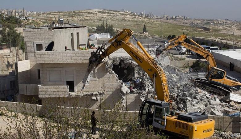 فلسطين تطالب الجنائية الدولية بالتحقيق في جريمة هدم المنازل