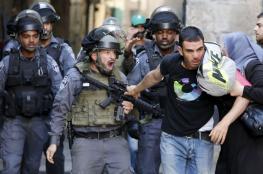 الشاباك : اعتقال 10 شبان مقدسيين واجهوا الشرطة في الأقصى