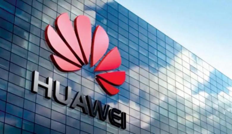 هواوي تصبح الشركة الأولى في العالم في صناعة الهواتف الذكية