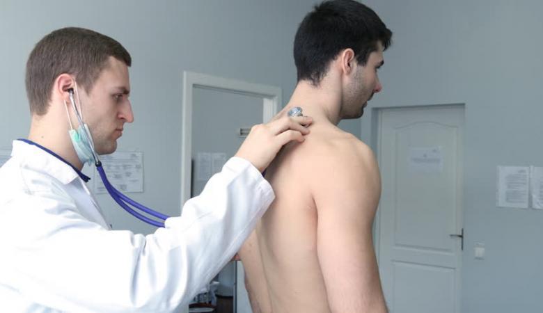 الكشف عن 6 أعراض السرطان لدى الرجال