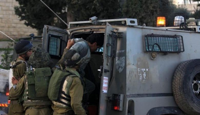 الاحتلال يعتقل أسيرا محررا جنوب بيت لحم