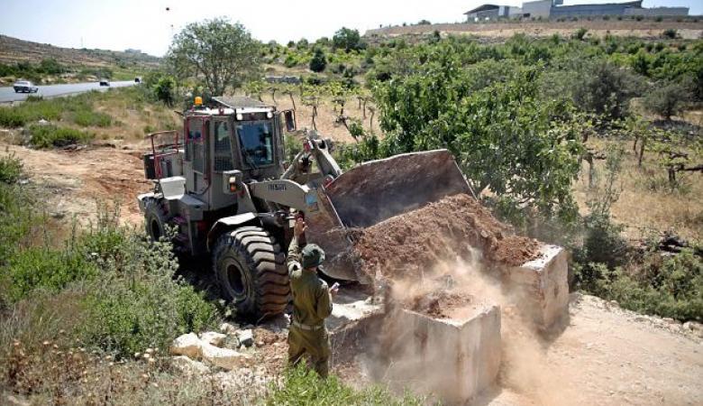 الاحتلال يغلق مداخل قريتي قصرة وجوريش جنوب نابلس