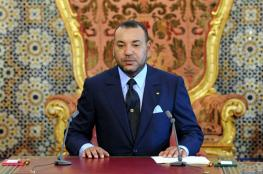 العاهل المغربي يصل قطر لبحث الأزمة الخليجية