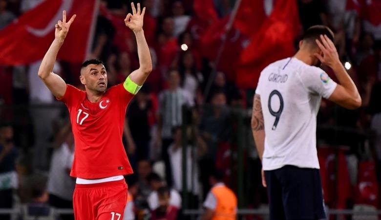 فرنسا تهزم تركيا برباعية نظيفة في تصفيات كأس اوروبا
