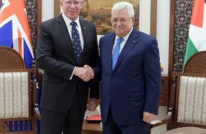 الرئيس محمود عباس، خلال استقباله الحاكم العام لأستراليا