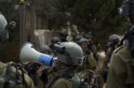 قوات الاحتلال تشن حملة اعتقالات ومداهمات واسعة بالضفة والقدس