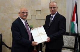 """عالم الذرة الفلسطيني """"نايفة """" في ضيافة رئيس الوزراء"""