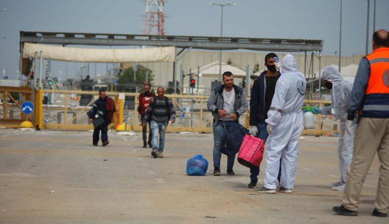 """اجراءات فلسطينية مشددة لإغلاق """"ثغرة إسرائيل"""" أمام """"كورونا"""""""