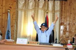 طفل من غزة مدير لشرطة نابلس (صور )