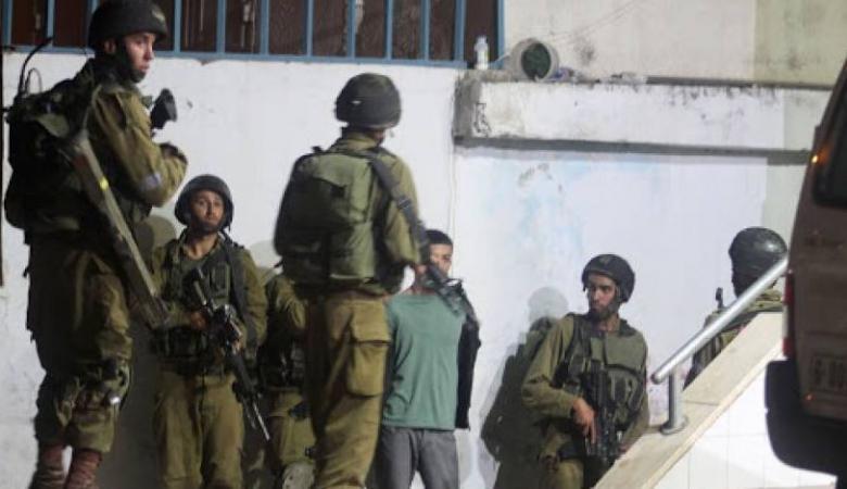 الاحتلال يعتقل شابين بعد الاعتداء عليهما بسلوان