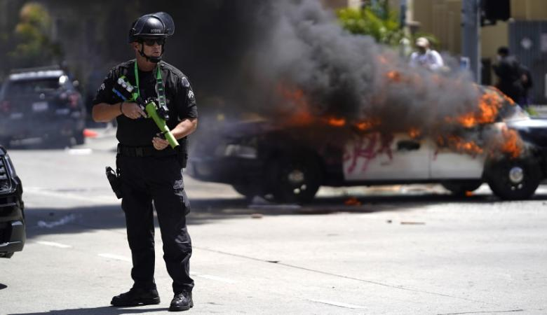 مواجهات دامية مع الشرطة الامريكية والتظاهرات تجتاح مدن جديدة