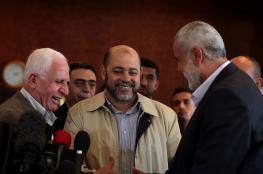 عزام الاحمد لحماس : لا نرد على الخطابات وننتظر رداً خطياً