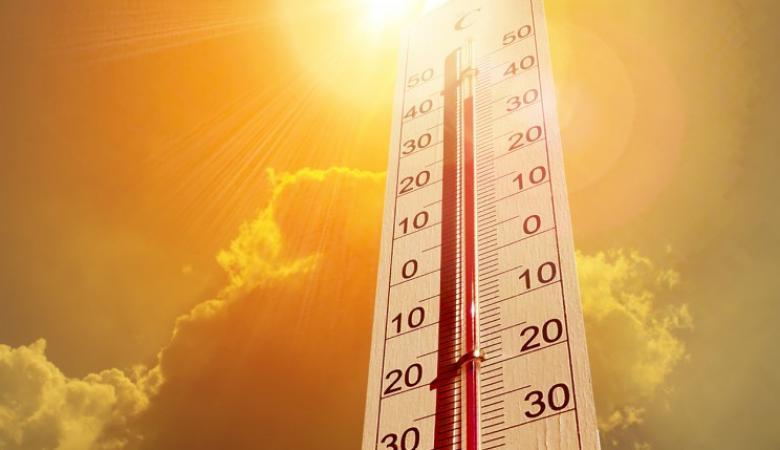 الطقس : أجواء جافة وشديدة الحرارة وتحذيرات من التعرض للشمس