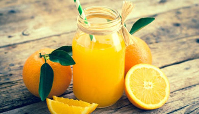 العلماء  يتوصلون إلى طريقة فريدة للتمييز بين العصير الطبيعي والصناعي