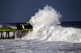 """اعصار """"خوسيه """" يزداد قوة وعنفاً ويتجه الى نيويورك الأمريكية"""