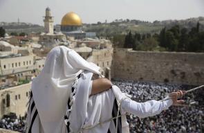 المستوطنون يحتفلون بذكرى احتلال مدينة القدس
