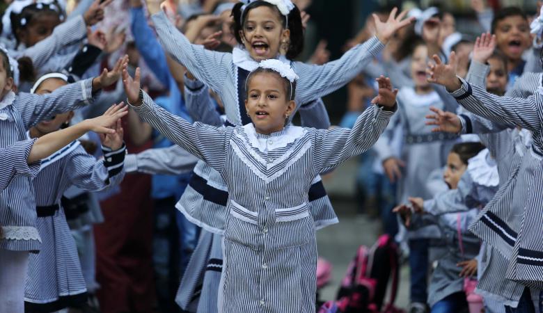 مليون و300 ألف طالب وطالبة يتوجهون إلى مدارسهم غدا