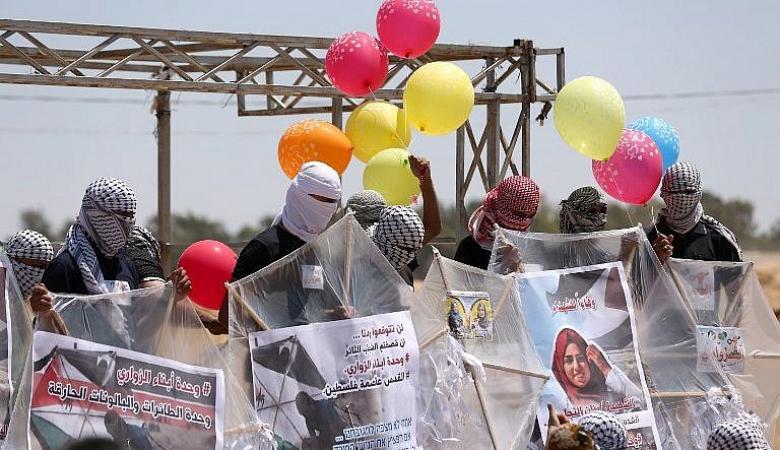 صحيفة تكشف أسباب عودة اطلاق البالونات الحارقة