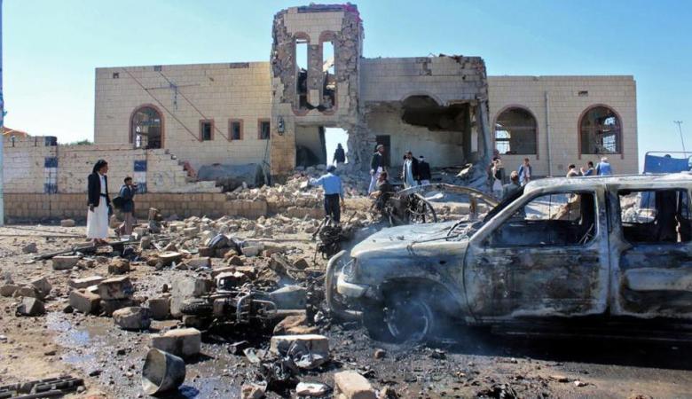 اليمن : التحالف العربي يقتل عشرات الطلاب بغارة جوية
