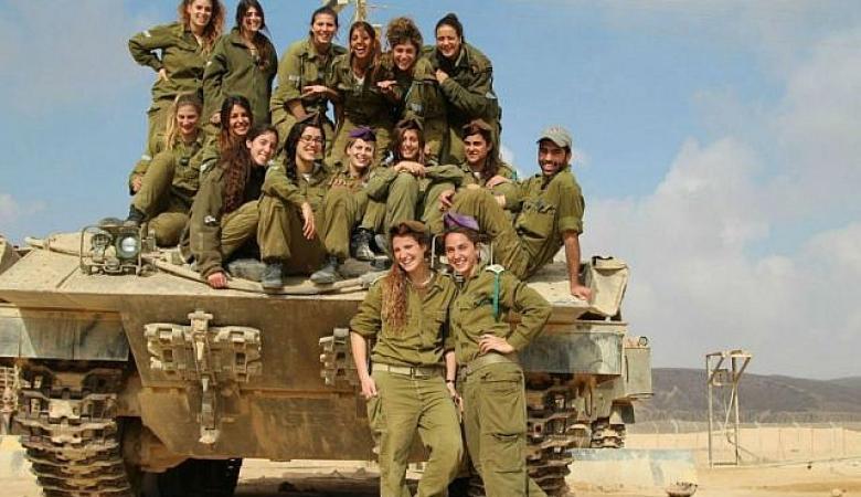 """""""اسرائيل """" تقرر نشر طواقم دبابات مكونة من النساء على حدود مصر والاردن"""