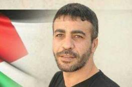 الأسرى يغلقون سجن عسقلان إحتجاجا على إبلاغ الاسير ابو حميد