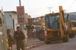 جنين: جرافات الاحتلال تهدم منشأة وبركس زراعي في برطعة