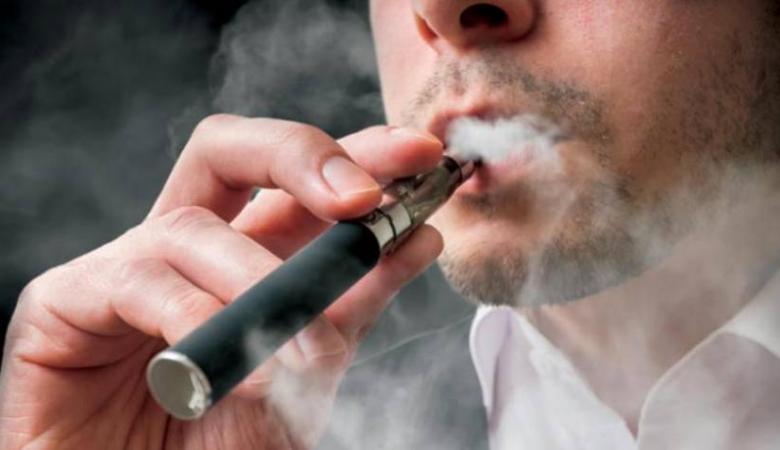 ارتفاع أعداد الوفيات والمصابين بفعل السجائر الإلكترونية