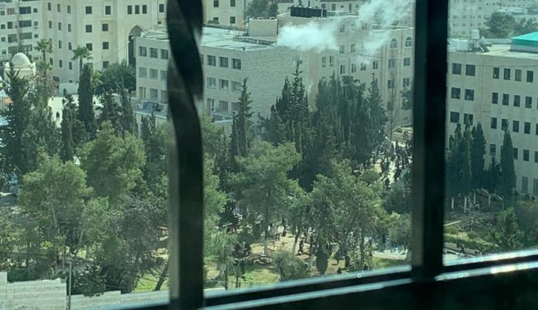 20 اصابة بانفجار داخل حرم جامعة الخليل
