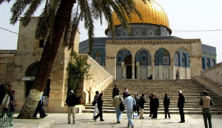 حماس: اقتحام الأقصى عدوان يستدعي انتفاضة