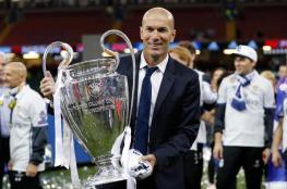 زيدان يجدد عقده مع ريال مدريد لثلاثة أعوام أخرى