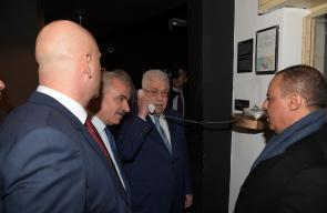 الرئيس محمود عباس، خلال جولة تفقدية لفندق