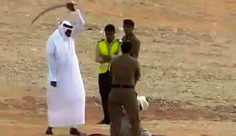 السعودية تعدم 3 شبان انتحلوا صفة رجال الأمن وجردوا امرأة من ملابسها