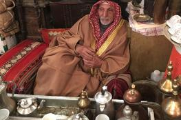 كويتي يجمع 45 الف دلة قهوة خلال 53 عاما ...ستذهل من قيمتها المالية