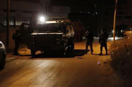 اعتقال شاب من نابلس ومواجهات في سبسطية وقريوت مع الاحتلال