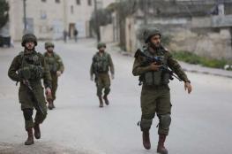 الاحتلال يقتحم نابلس بحثا عن منفذ عملية اريئيل