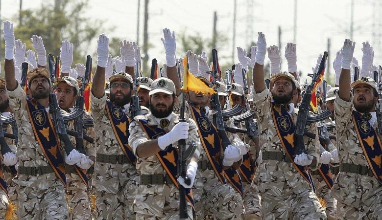 """قائد الحرس الثوري يتوعد """"أعداء إيران"""""""