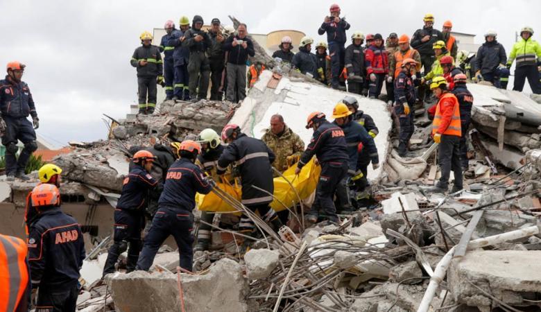 وقف البحث عن ناجين جراء زلزال البانيا المدمر