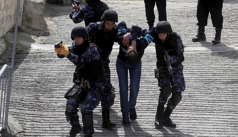 الشرطة تقبض على مطلوب خطير في جنين