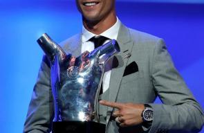 رونالدو أفضل لاعب ومهاجم في أوروبا