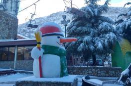 الثلوج تتراكم على جبل الشيخ ..صور