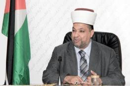 وزير الاوقاف يتوعد شركات العمرة والحج المتورطة بالسمسرة