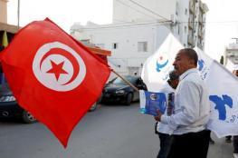 الغارديان : تونس آخر معاقل العرب