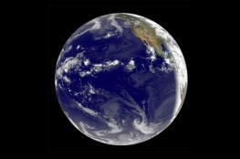 محيط عملاق بباطن الأرض يعادل ما على سطحها