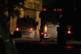 اعتقالات واقتحامات ليلية في رام الله والخليل