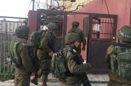 """الاحتلال يعتقل 16 مواطنا من الضفة الغربية """"أسماء """""""