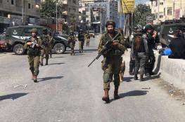الاحتلال يقتحم ويغلق محيط مخيم قلنديا