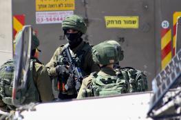 الاحتلال يداهم منازل المواطنين في الخليل