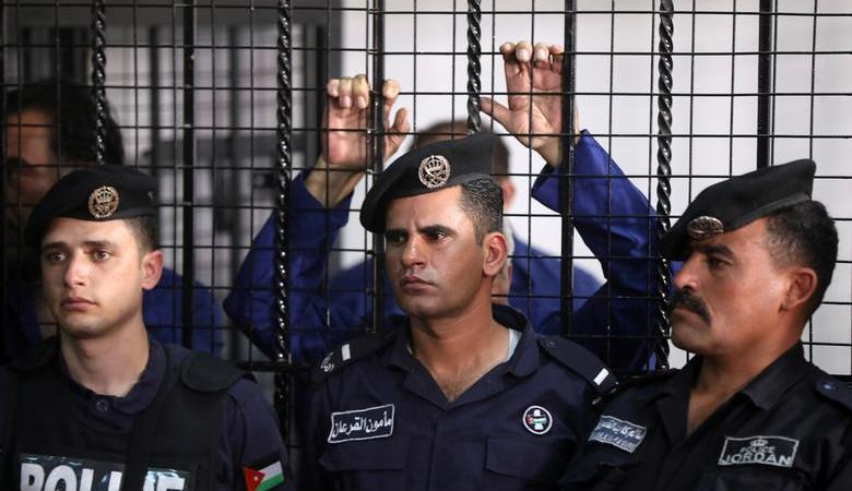 محكمة امن الدولة الاردنية تصدر حكمها على شاب حاول تنفيذ عملية ضد جنود الاحتلال