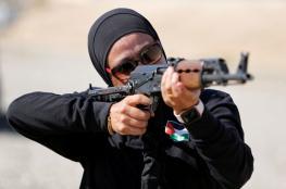 العقيد أمل خليفة..  تدرب الجنود الفلسطينيين على إطلاق النار
